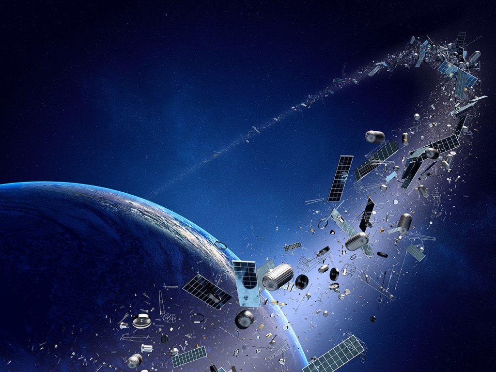 زبالههای فضایی